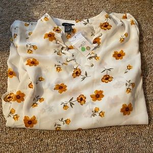 Flower Rue21 Dress shirt